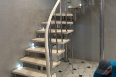 модульная лестница хром металлокаркас